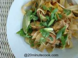 Plate the delicious easy chicken pad thai.