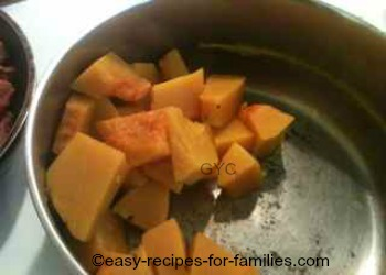 Pumpkin Filling For Easy Pumpkin muffins