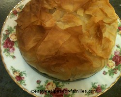 Make this pumpkin pie with chicken in filo pastry