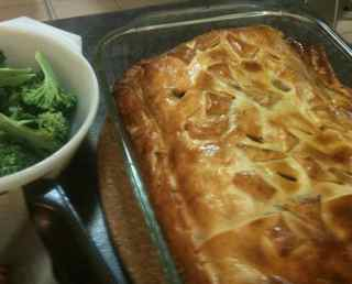 An elegant recipe for ground beef - ground beef wellington