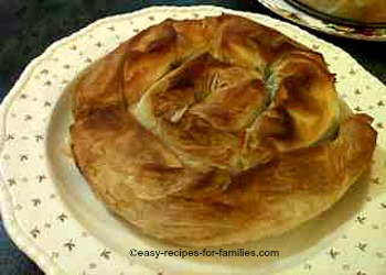 Make this best pumpkin pie of pumpkin and spinach swirls in filo pastry