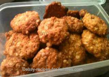 Easy Oats and Golden Syrup Cookie